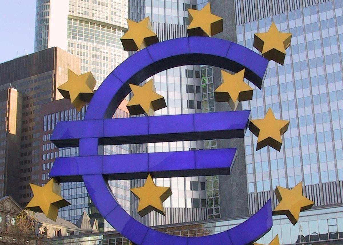 Bientôt la fin du dollaret, par conséquence, celle de l'euro ?
