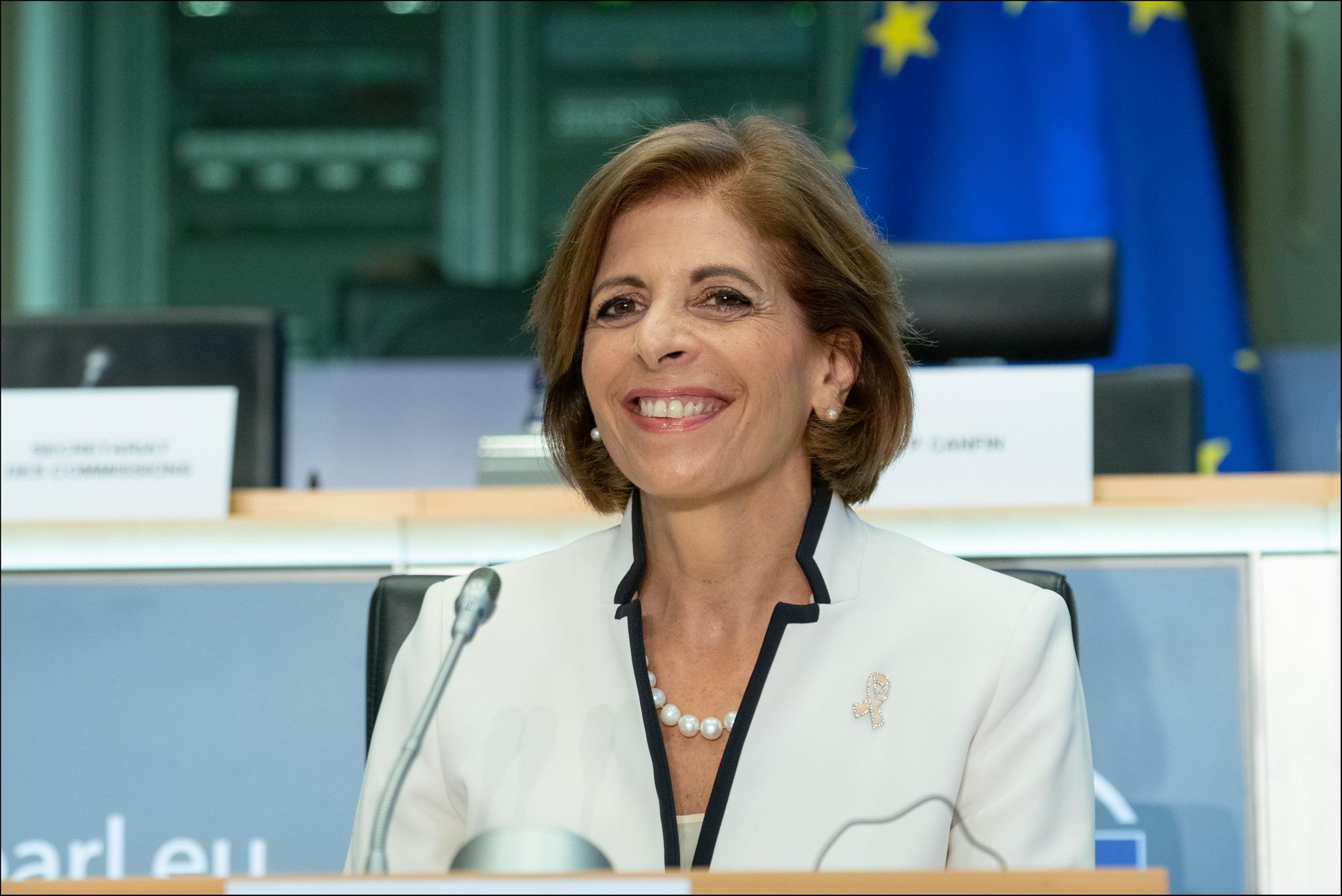 UE: Fraude passive de «Madame vaccin» ?